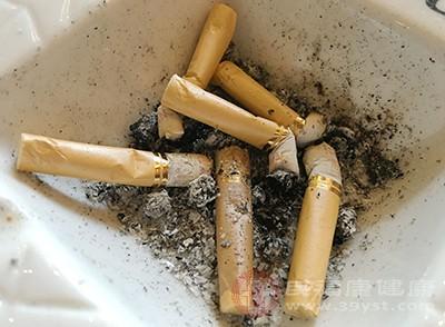 乳腺增生不能吃什么 得了这个病千万别抽烟